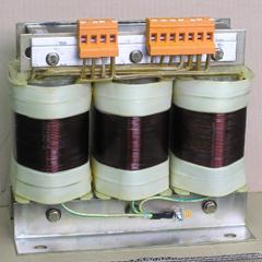 Трехфазные изолирующие трансформаторы Elhand ET3o мощностью от 0,05 до 40 кВА